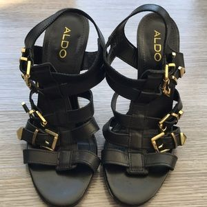 Aldo black and gold strappy sandals, size 9/40